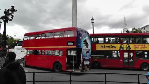 Trafalgar Square London 26 handheld tilt Footage