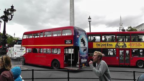 Trafalgar Square London 26 handheld tilt Stock Video Footage