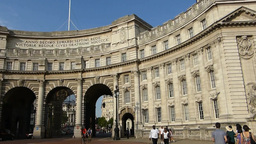 Admiralty Arch, LONDON, UK. (LONDON Admiralty Arch Stock Video Footage