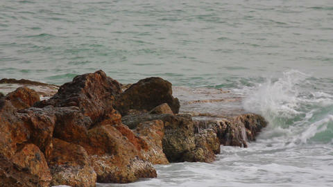 sea ??waves breaking on rock Stock Video Footage