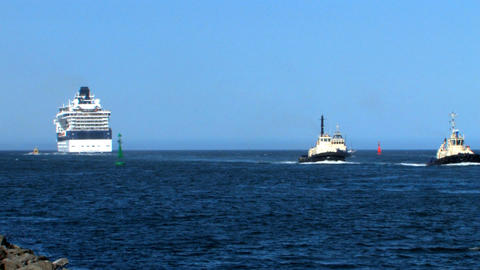 Tugboats returning from tender Footage