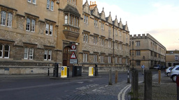 OXFORD UNIVERDITY STREET SCENE 31 A Footage