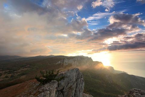4K. Timelapse sunrise in the mountains Ai-Petri. A Footage