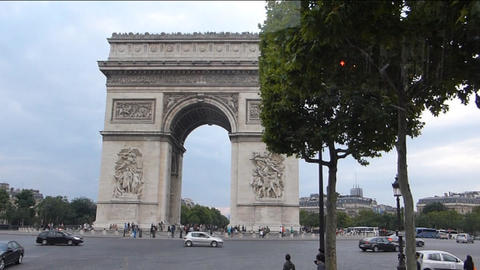The world famous Arc de Triomphe in Paris, France. Stock Video Footage