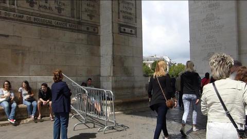 Large crowd at Arc de Triomphe. (PARIS Arc de Trio Stock Video Footage