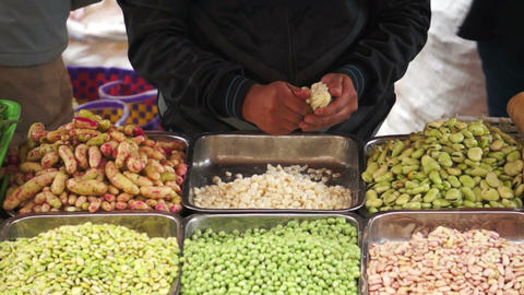 Maize Peeling Loja Market Stock Video Footage