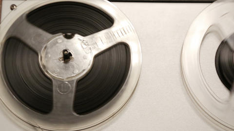 old reel tape recorder with spinning reels - dolly Stock Video Footage