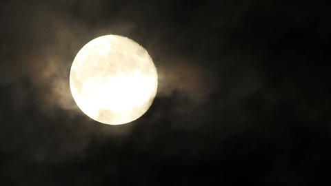 Moon on the night the dark sky (Time Lapse). FULL Footage