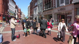 Grafton street Dubli Stock Video Footage