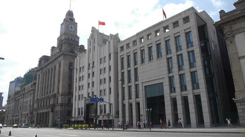 panoramic of Shanghai bund,old business building Stock Video Footage