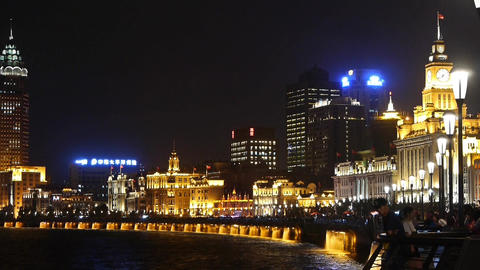 night of Shanghai Bund,huangpu river waterfront & Tourists crowded Animation