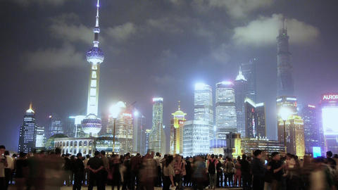Shanghai Oriental Pearl at night,busy tourist,crowd,Lujiazui business center Animation