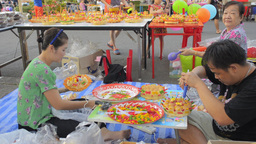 Thai Woman Praying During The Loi Krathong Festiva Footage