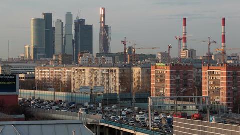 Urban commuter traffic Stock Video Footage