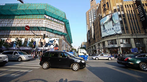 time lapse,Chinese people crossing busy street downtown Shanghai nanjing-road Animation