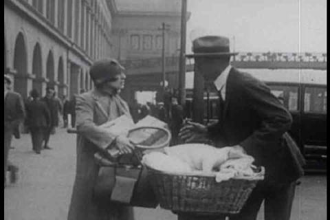 A silent film depicting a woman losing her baby du Footage