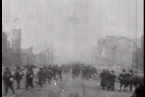 Footage from 1906 of the damage from the San Franc Live Action