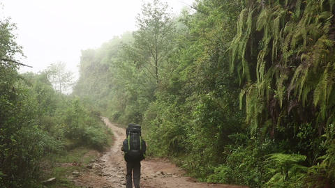 trekking with huge backpack at himalayan mountains Footage
