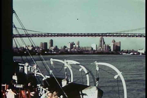 A nice montage of American cities in 1942 Live Action