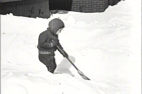 A big snowstorm hits Detroit, Michigan in 1934 Footage