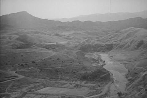 The Khyber Pass between Pakistan and Afghanistan i Footage