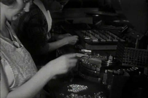 Women work in factories in 1931 Live Action