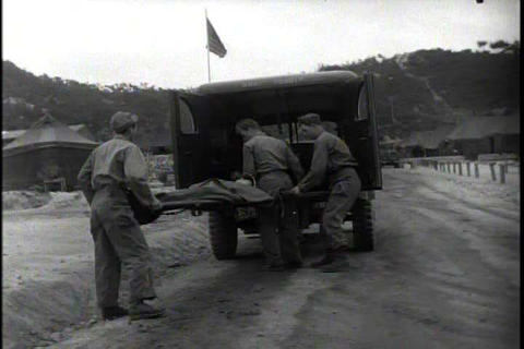 Work of medics in the Korean War Live Action