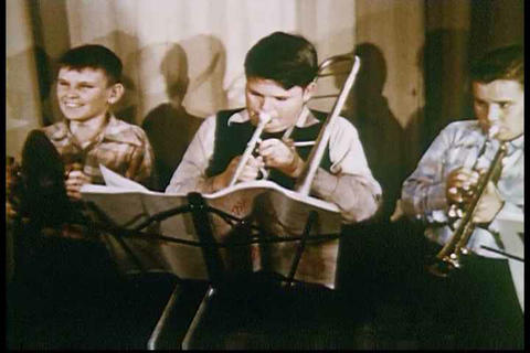 Music classes are taught in high schools in the 19 Footage