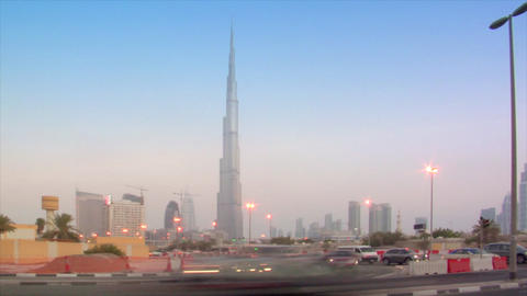 time lapse traffic becoming night at burj Khalifa dubai Footage