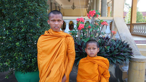 Closeup of boy monks. Phnom Penh. Cambodia ビデオ