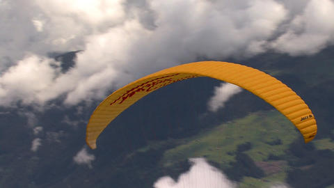 paraglider start 02 Stock Video Footage