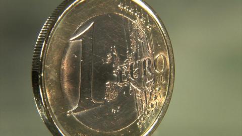 euro move in dollar BG Stock Video Footage