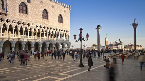 T/L, MS, San Marco, Tourists In Front Of Ducal Pal stock footage