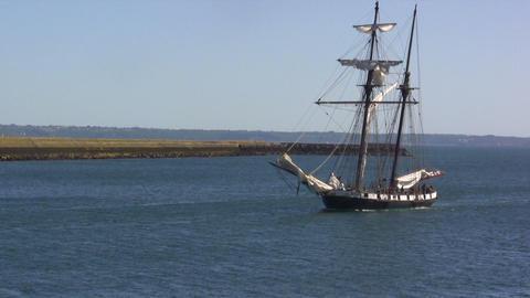 Sailing Ship ビデオ