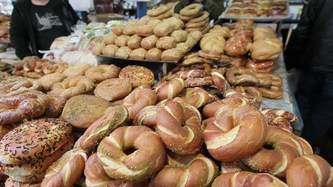 Jerusalem, Sesame round bread for sale in the Old  Live Action
