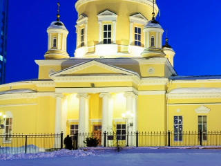 Holy Trinity Cathedral, Yekaterinburg. Time Lapse. Footage