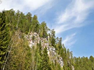 Around the cliff. 320x240 Footage