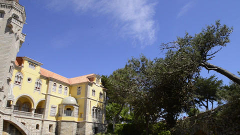 Municipal museum in Cascais ビデオ