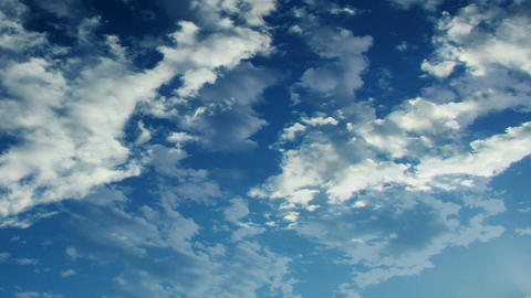 flakey clouds Stock Video Footage