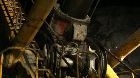 Traction mechanism excavator Footage