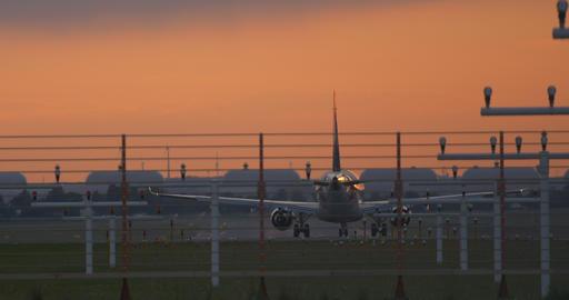 Airport Nuremberg Starting Plane 4 K Cine D Filmmaterial