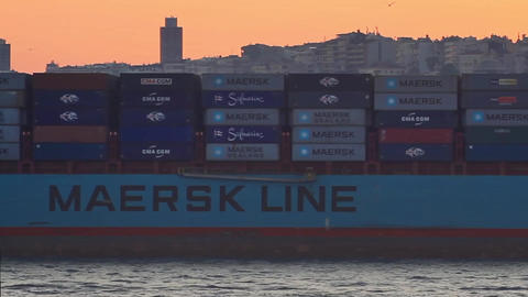Container ship MAERSK KOWLOON Footage