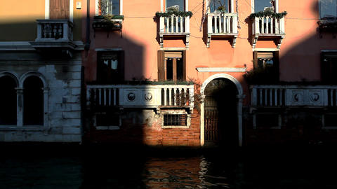8786 Pan on Venice from boat Footage