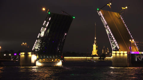 Palace drawbridge. Saint-Petersburg. 4K Footage