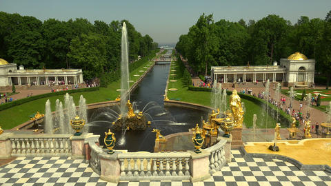 Alley of fountains. Peterhof. Fountains. Petrodvor Footage