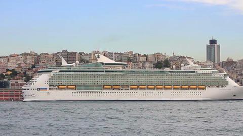 Royal Caribbean Cruise Ship Mariner of the Seas Footage