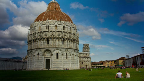PISA, ITALY - 3 JUNE 2014: Tourists relax in Piazz Footage
