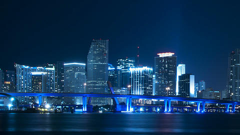 Miami skyline pan Live Action
