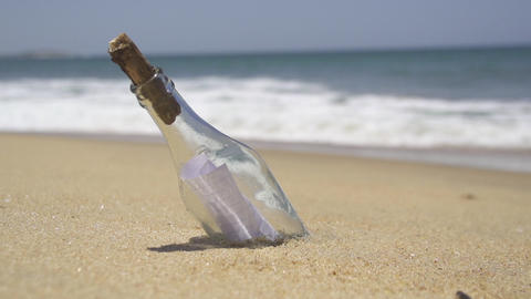 Message in the bottle on a deserted beach Footage