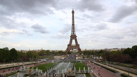 Fountains of Trocadero, Tour eiffel, Etoile, one o Footage